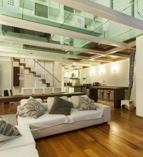 Dalles, planchers et escaliers en verre